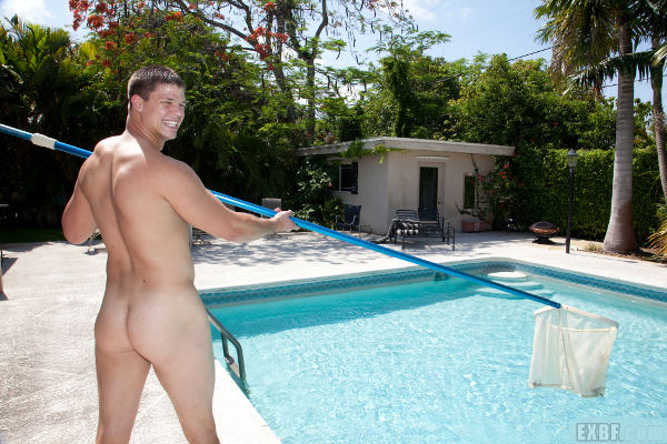 nettoyer-la-piscine-apoil