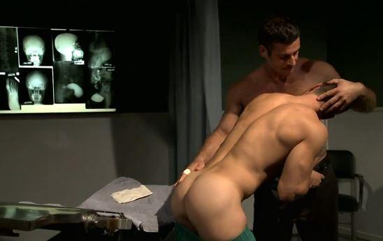 docteur touche-fesses