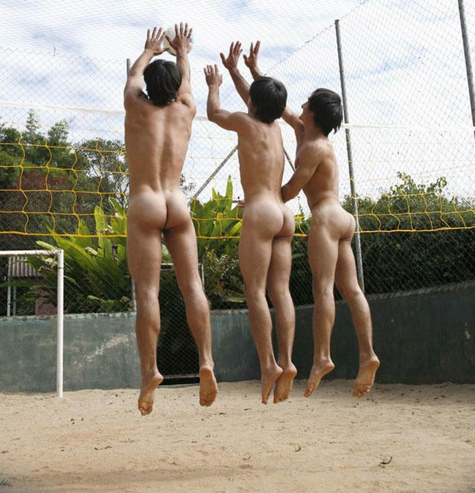 volley-ball-naturiste