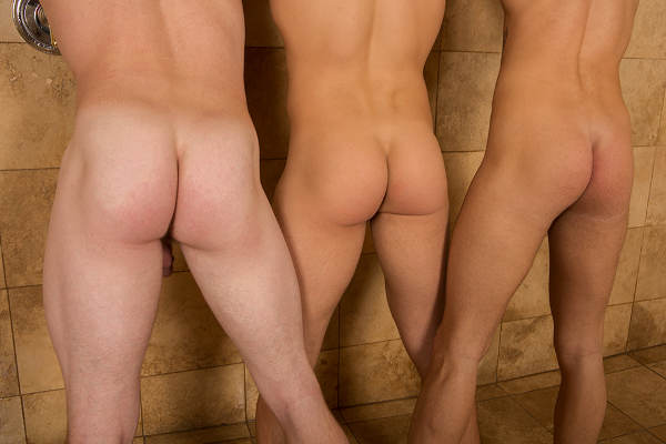 3 fesses douches