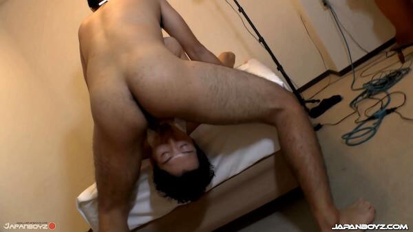 fesses japonais gay