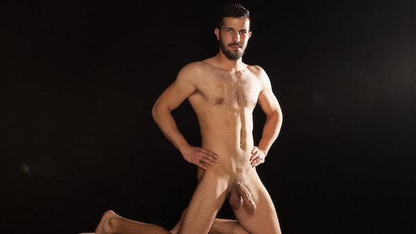 libanais gay musclé